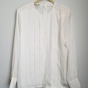 Vintage Summit Hill white blouse pleats pearls